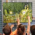 """""""C'est le printemps"""" - Illustration tirée de l'album """"Poupoupidours"""" écrit et illustré par Benjamin Chaud, publié aux Éditions Hélium. Présentation à des enfants au cours d'une animation scolaire."""